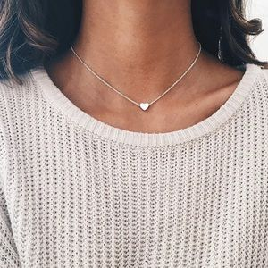 Jewelry - Dainty Silver heart chain layering necklace